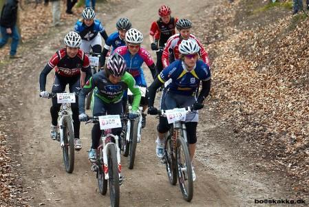 Starten går og ben og hjerne bliver enige om, at det her bliver mit løb (foto: www.marginmedia.dk)